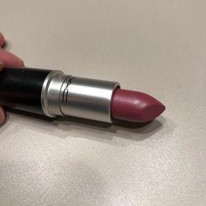 💄MAC Lustre Lipstick- Syrup